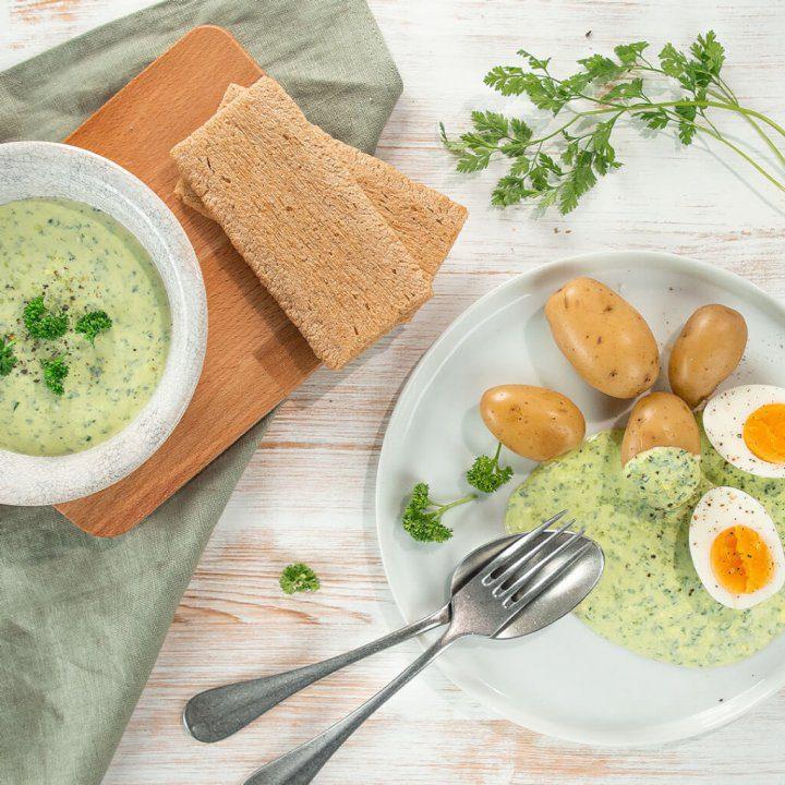 Grüne Soße mit Kartoffeln und Ei